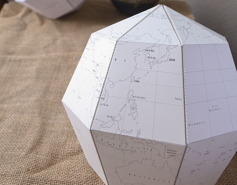 Atelier globe en papier