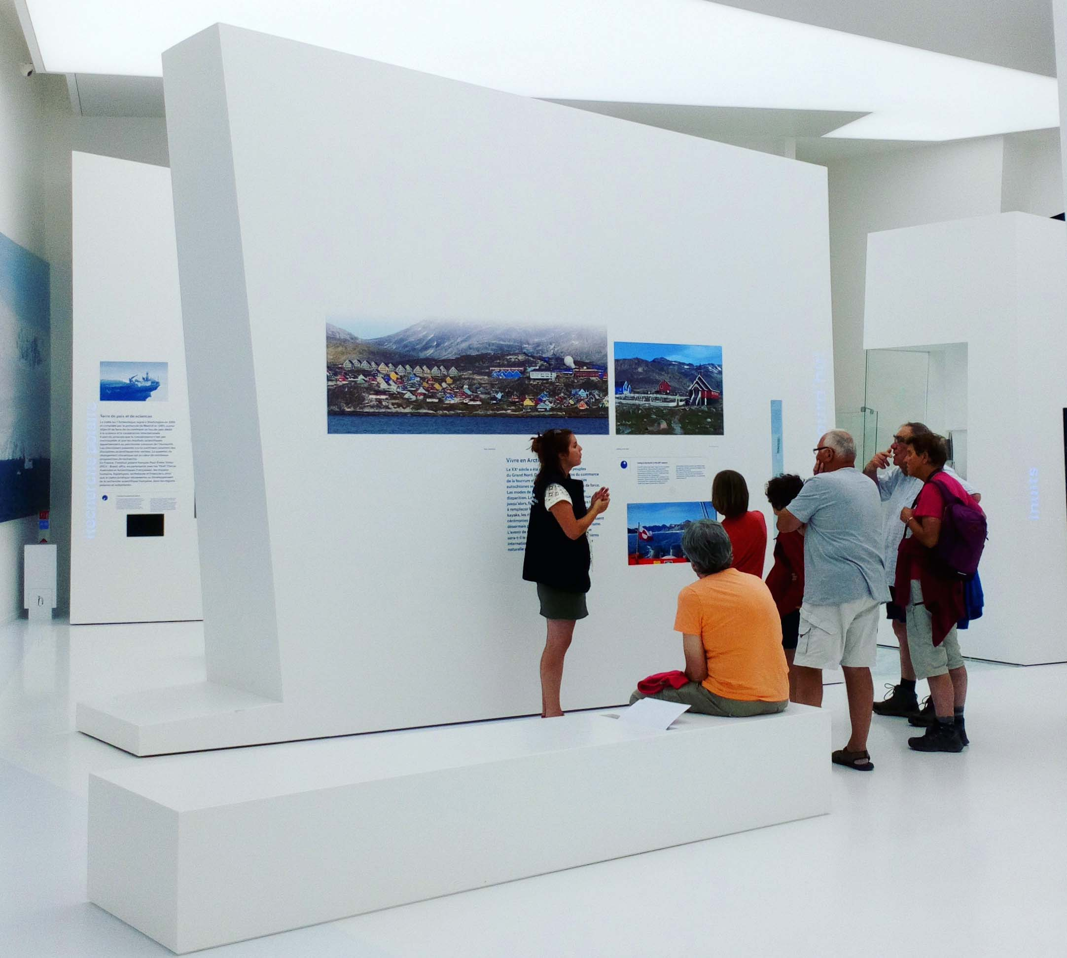 Visite commentée du musée de l'Espace des Mondes Polaires.